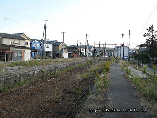 線路撤去後の焼鮒駅構内その2