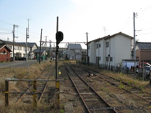 線路撤去後の焼鮒駅構内その3