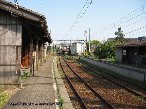 焼鮒駅の廃ホームその4