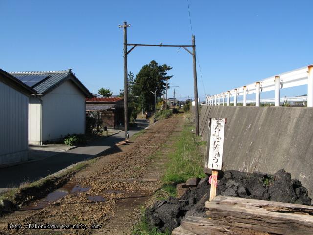 線路撤去後の板井駅跡その4
