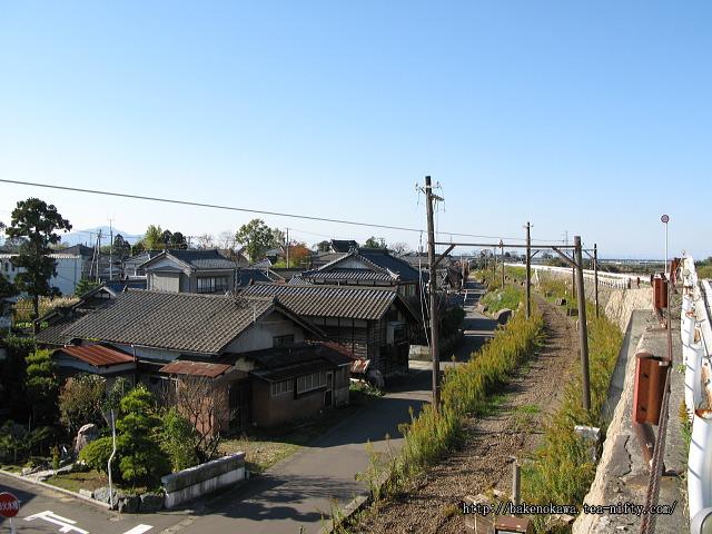 吉江駅跡直上の堤防道路その2