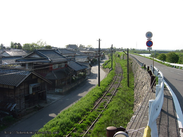 吉江駅跡直上の堤防道路その1