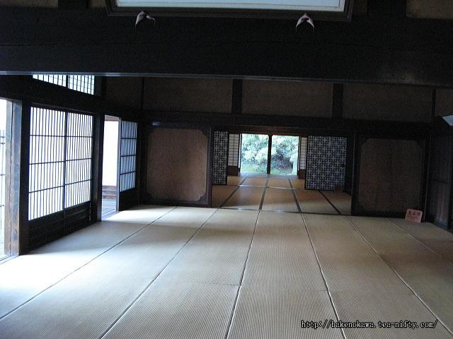 笹川邸当主の居間その1