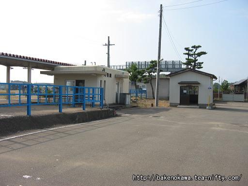 刈羽駅駅舎