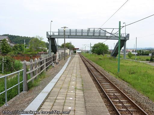 刈羽駅のホームその1