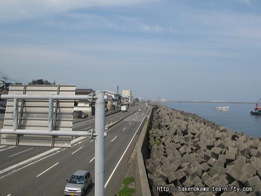 糸魚川駅付近の国道8号線その2