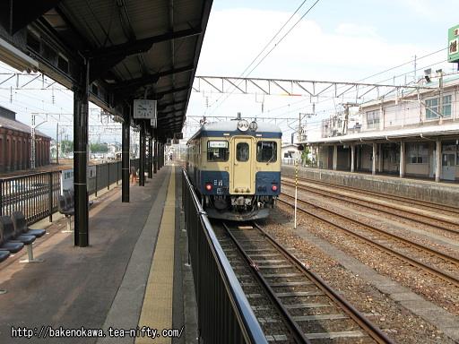 糸魚川駅で待機中のキハ52 125
