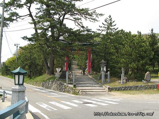 石船神社入り口