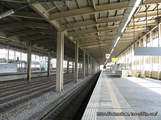 浦佐駅の上越新幹線構内その3