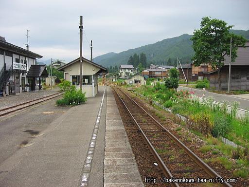 入広瀬駅の旧島式ホームその2