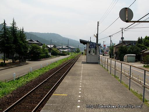 姫川駅のホームその2