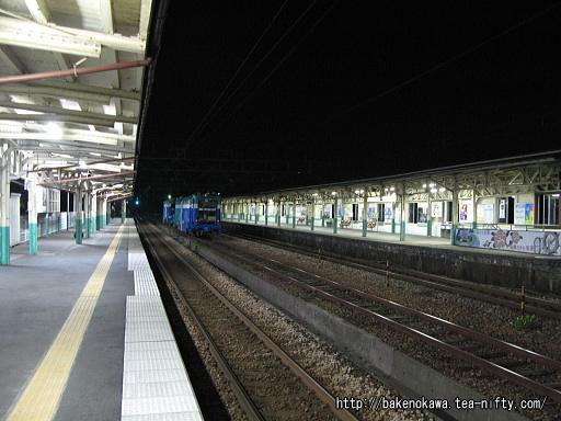 加茂駅の1番ホームその5