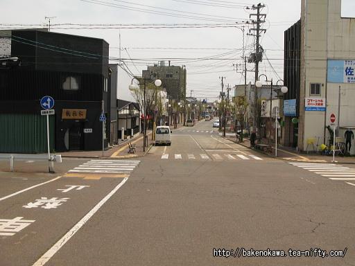 内野駅前通りその1