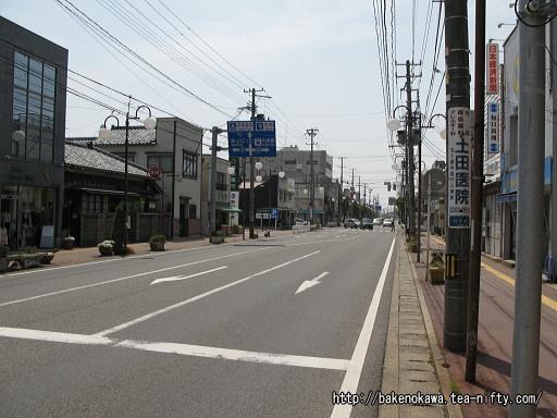 内野駅付近の県道