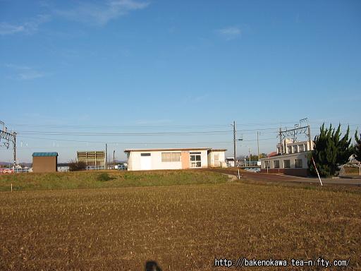 前川駅駅舎その2
