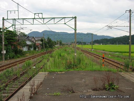 安田駅の旧島式ホームその3
