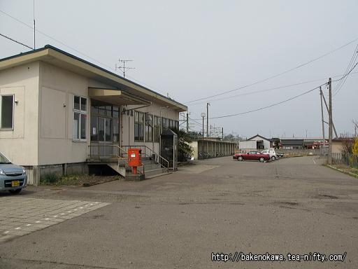 安田駅駅舎その2