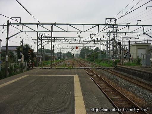 羽生田駅の島式ホームその4