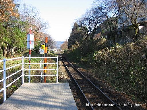 咲花駅のホームその6