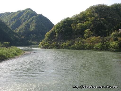 五十島橋上から見た阿賀野川