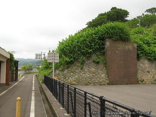 有間川橋と旧線橋脚跡その2