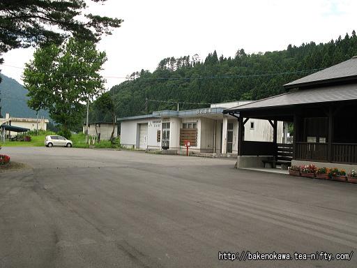 日出谷駅の旧駅舎その2