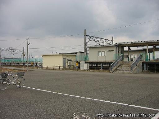 西新発田駅南口広場