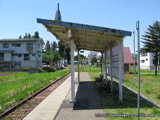 越後水沢駅のホームその4