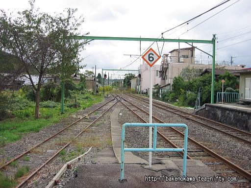 出雲崎駅の2番ホームその2