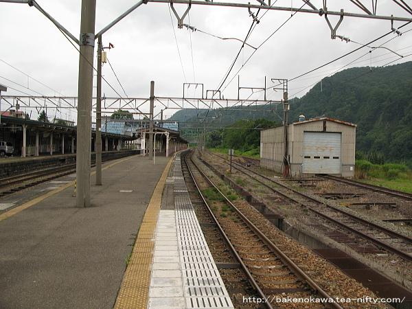 妙高高原駅の島式ホームその3