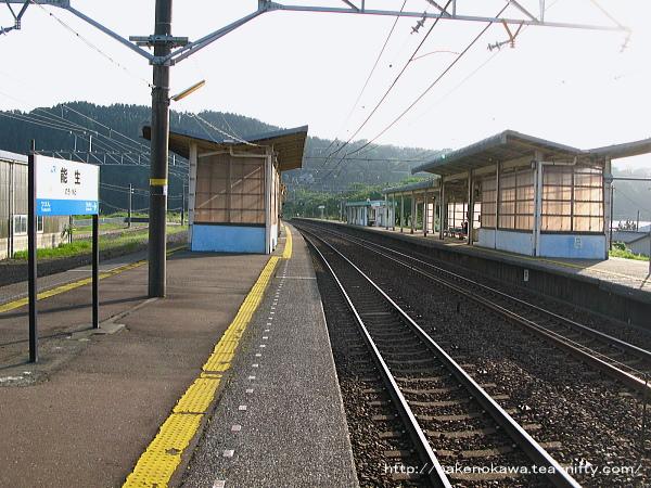 能生駅の1-2番島式ホームその5
