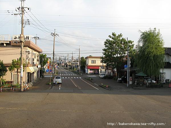 来迎寺駅前通り
