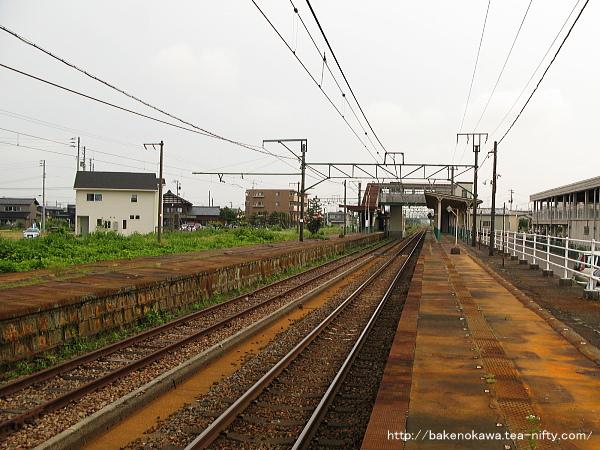 見附駅の1番ホームその3