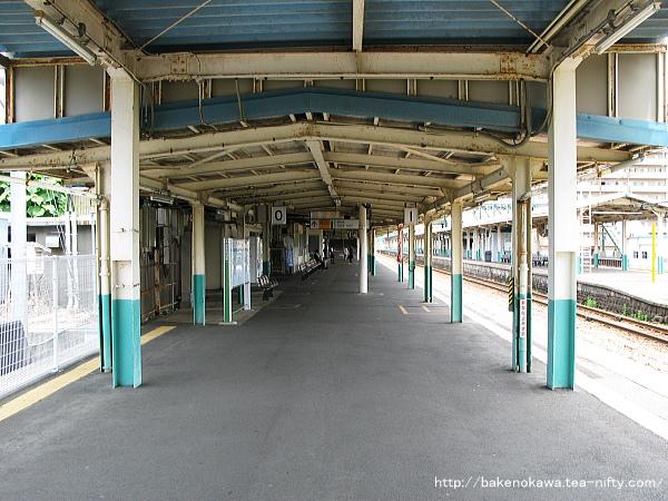 東三条駅1番ホームその3