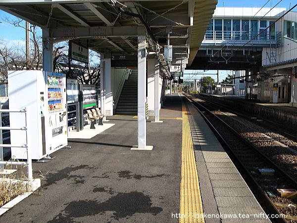 内野駅の2番ホームその4