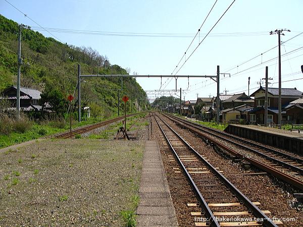 桑川駅の上りホームその二