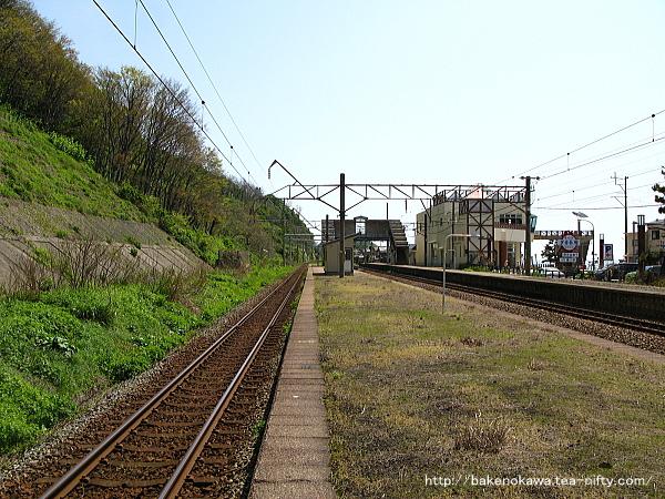 桑川駅の上りホームその五