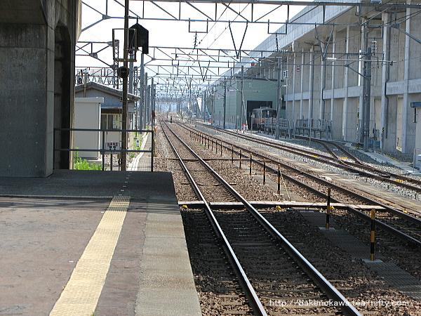 糸魚川駅の島式ホームその2