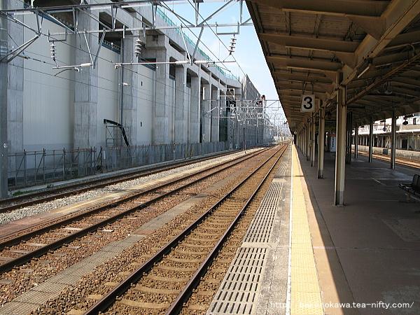 糸魚川駅の島式ホームその5