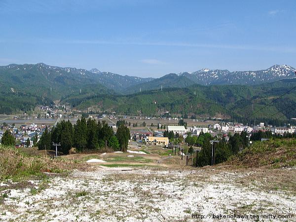 須原スキー場から見た北魚沼の眺め