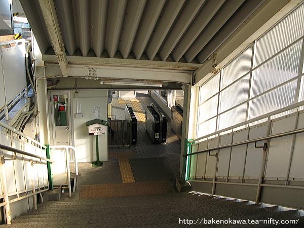 青山駅駅舎内部その3