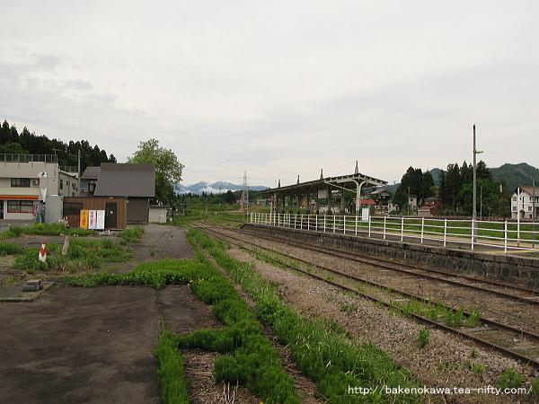 越後田沢駅のホームその6