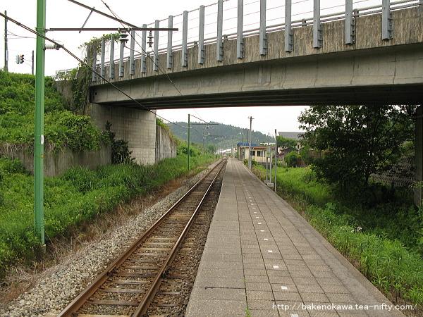 小木ノ城駅のホームその2
