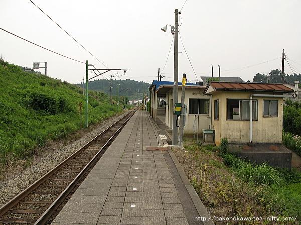 小木ノ城駅のホームその3
