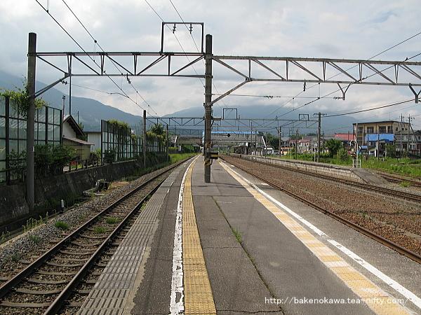 黒姫駅の島式ホームその5