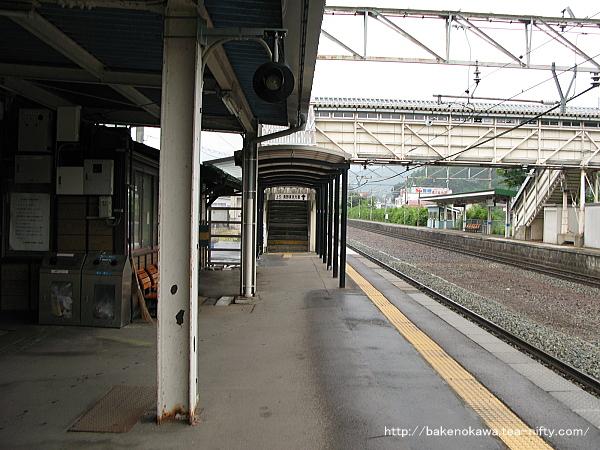 牟礼駅の1番線その3