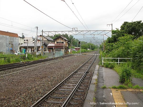 牟礼駅の2番線その2
