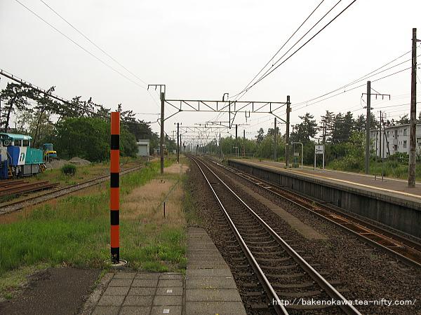 犀潟駅の1番ホームその1
