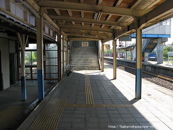 犀潟駅の1番ホームその2