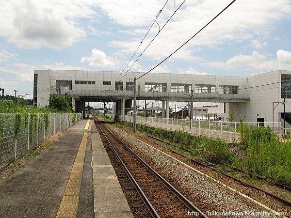 矢代田駅の上りホームその2